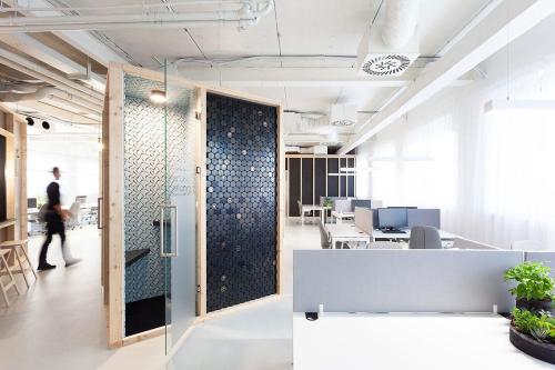 Chybik-Kristof-dizajn-kancelarii-forbes-(2)