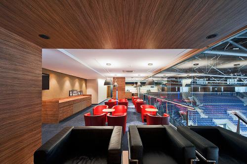 Fischer architects - interiér VIP salóna HC Slovan
